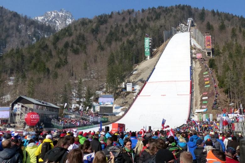 Skiflygningsfest i Planica